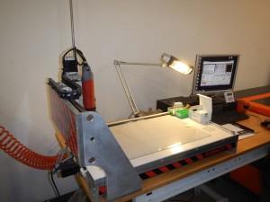 fabriquer une guitare électrique à l'aide d'une machine fraiseuse CNC badog
