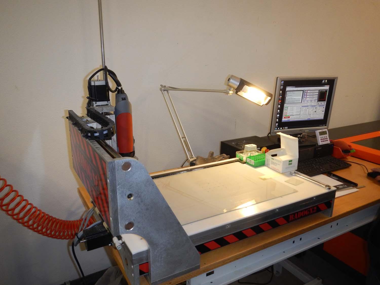 machine pour fabriquer des stylos en bois id e int ressante pour la conception de meubles en. Black Bedroom Furniture Sets. Home Design Ideas